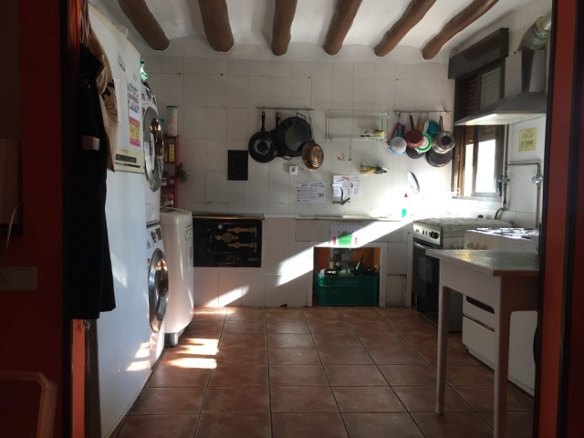 Kitchen in Albergue in Los Arcos
