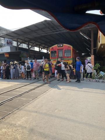 Market Train