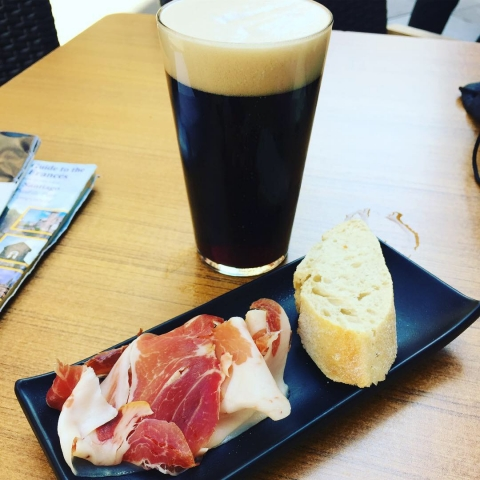 Tapa and delicious beer!